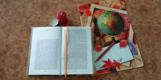 Мастер-класс «Книжные закладки – ленточки» из тесьмы для учебников своими руками.